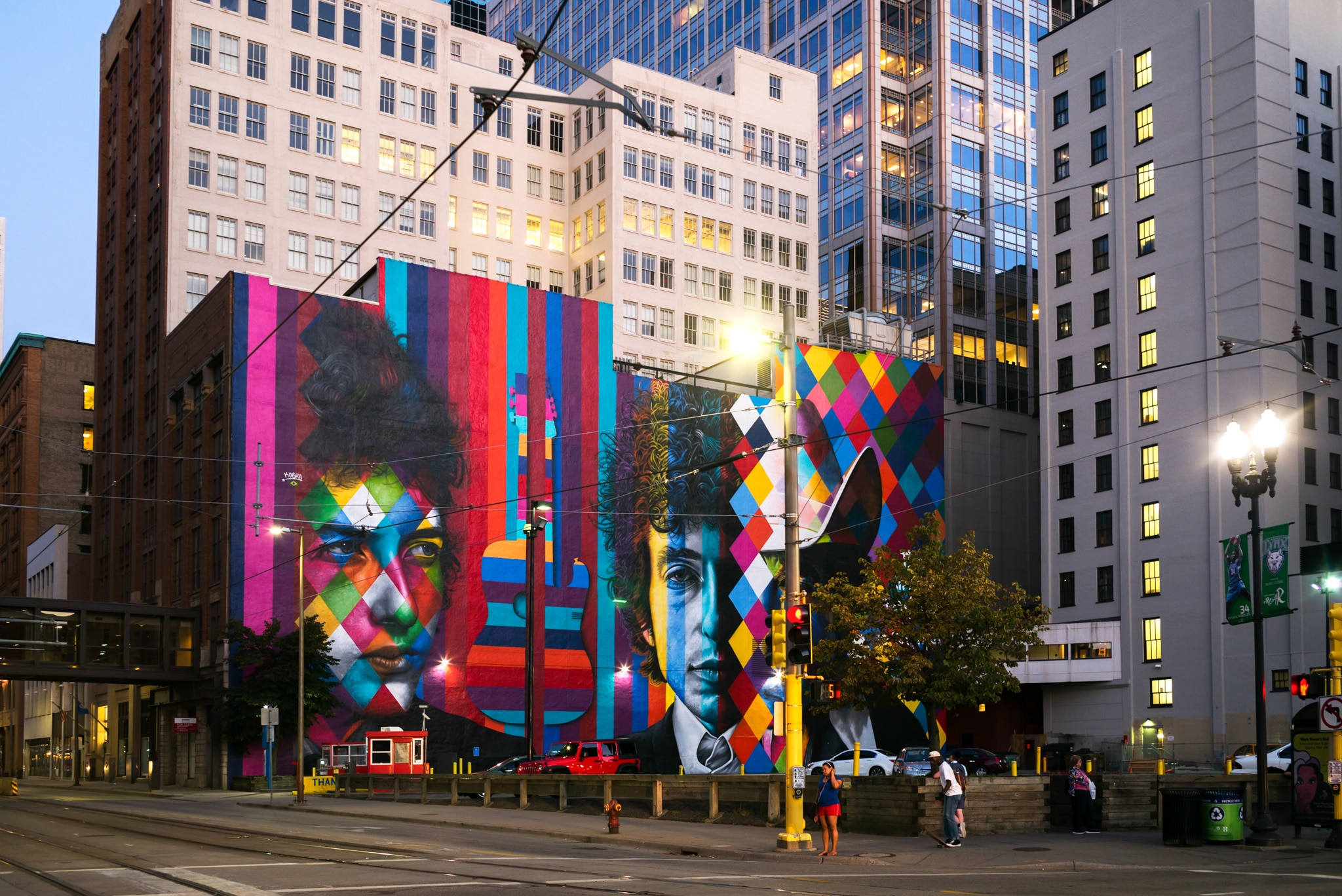 Tall buildings with colorful mural depicting Bob Dylan (© Design Pics Inc/National Geographic Creative)