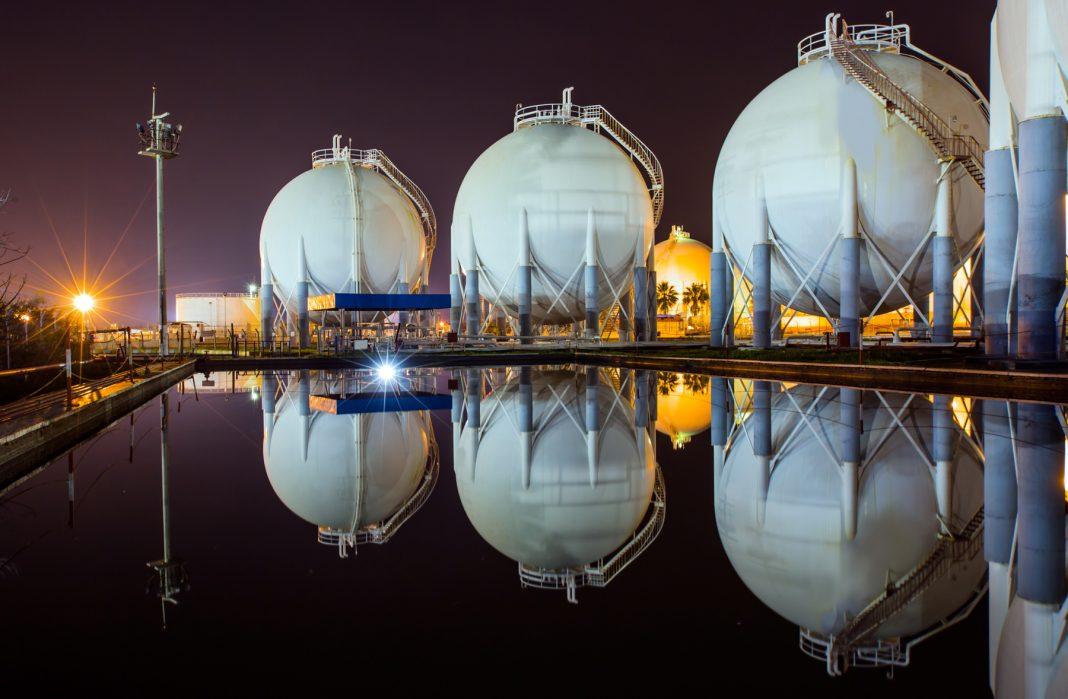 Natural gas tanks (Shutterstock)