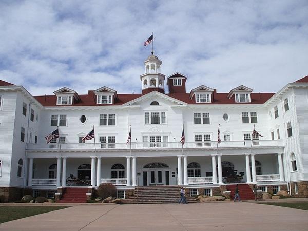 斯坦利酒店是《闪灵》的故事灵感的来源地 (图片: Wikipedia)