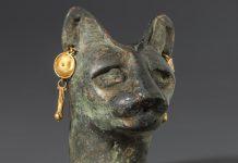 تمثال رأس قطّة (© Smithsonian Institution)