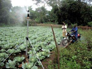 Sistem irigasi Agriworks sedang beroperasi. (State Dept. / Agriworks)