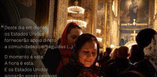 Foto de mulher acendendo uma vela em uma igreja, com citações sobrepostas de Pence sobre a proteção de minorias religiosas (© Vitaliy Holovin/Corbis via Getty Images