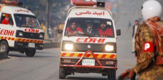 Скорая помощь в Карачи (© Khuram Parvez/Reuters)