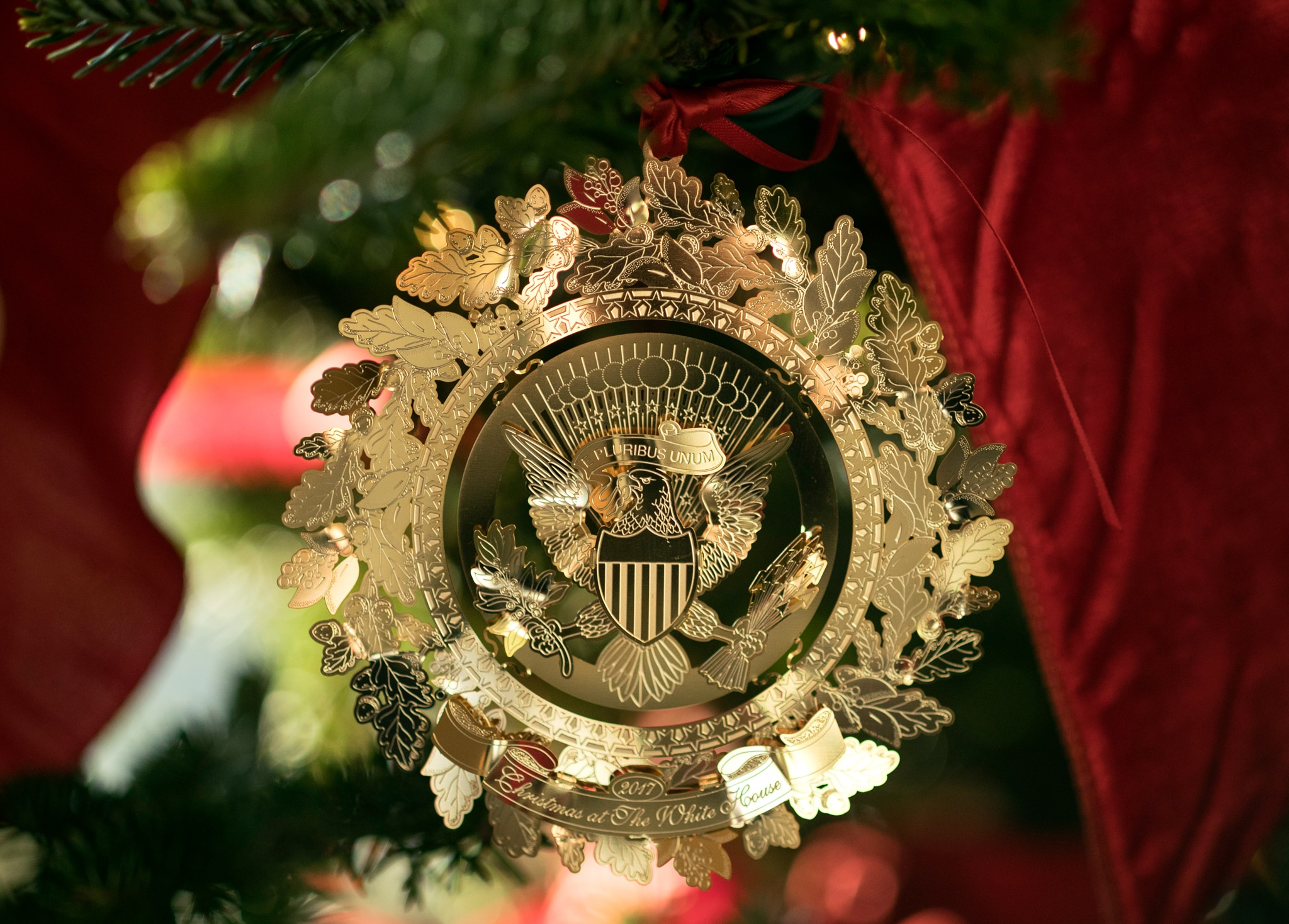 Gold tree ornament (© AP Images)