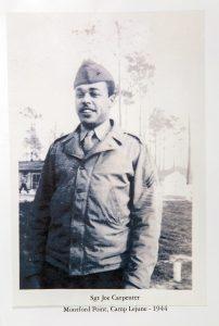 Infante de Marina negro posando para una foto (Foto cedida por Joseph Carpenter)