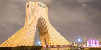 Torre Azadi, Irán