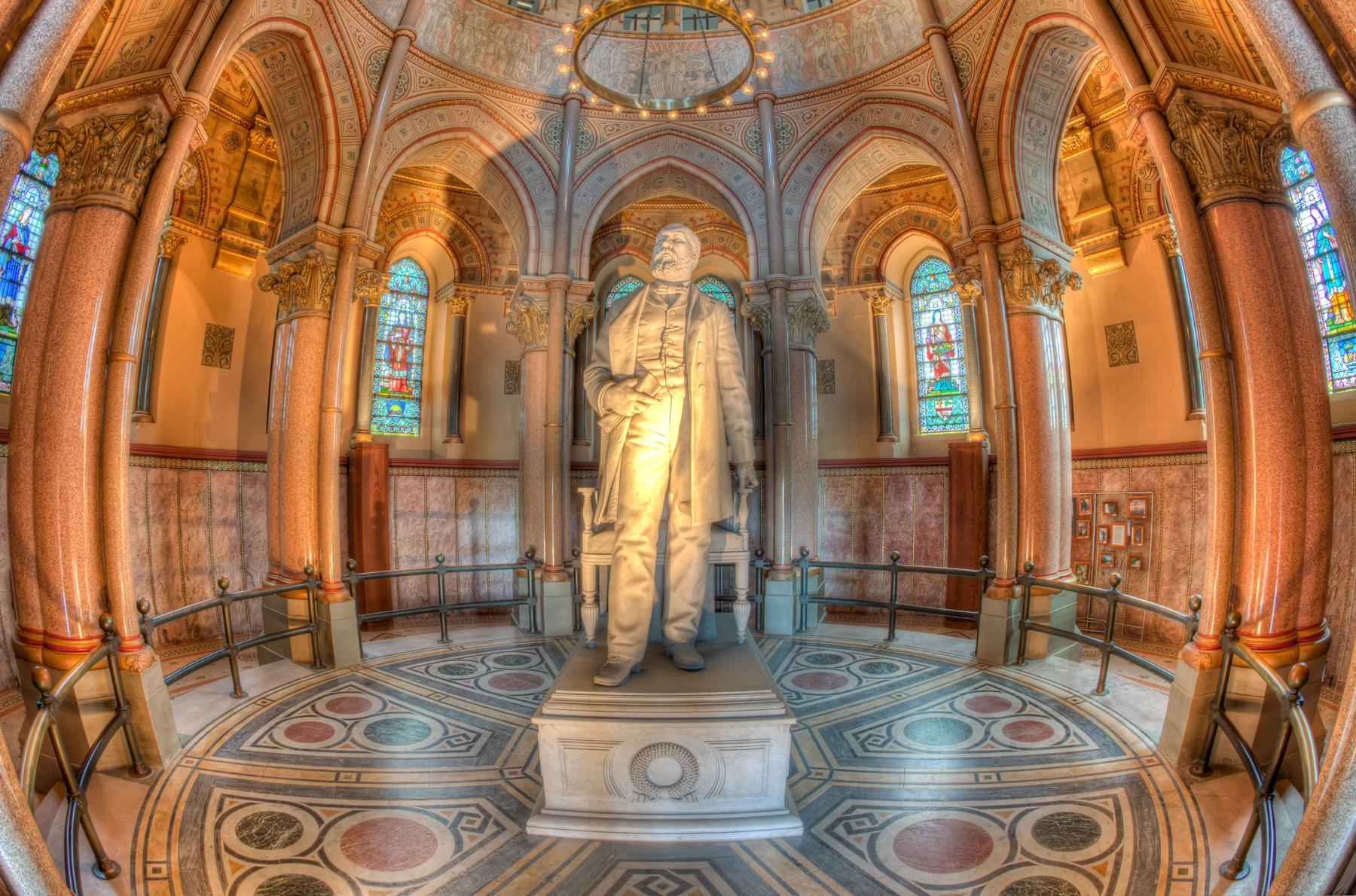 Statue of James Garfield in ornate hall (© Clarence Holmes Photography/Alamy)