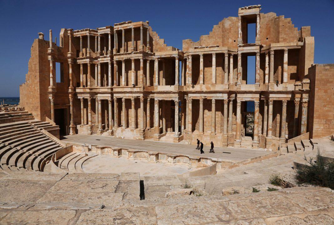 Римский амфитеатр III века в ливии (©Mahmud Turkia/AFP/Getty Images)