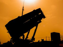 Patriot missile aimed toward the sky (© Jack Guez/AFP/Getty Images)
