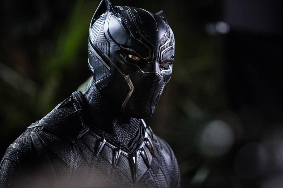Picture of masked Black Panther character (© Marvel Studios 2018)