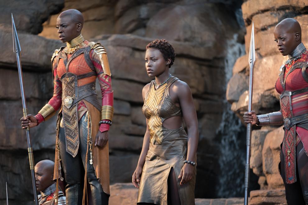 Picture of three women in warrior costumes (© Marvel Studios 2018)