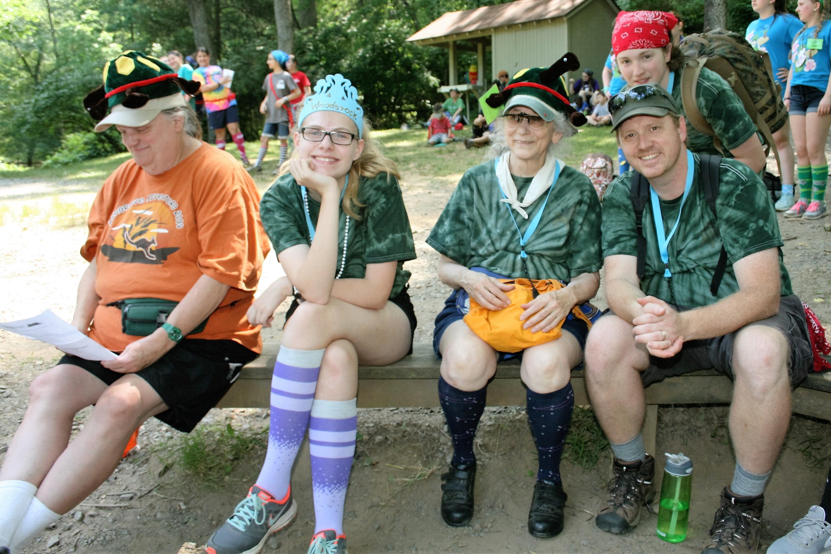 玛格丽特在女童军夏令营