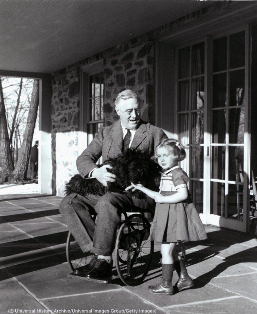 罗斯福总统在纽约家中 (© Universal History Archive/UIG via Getty Images)