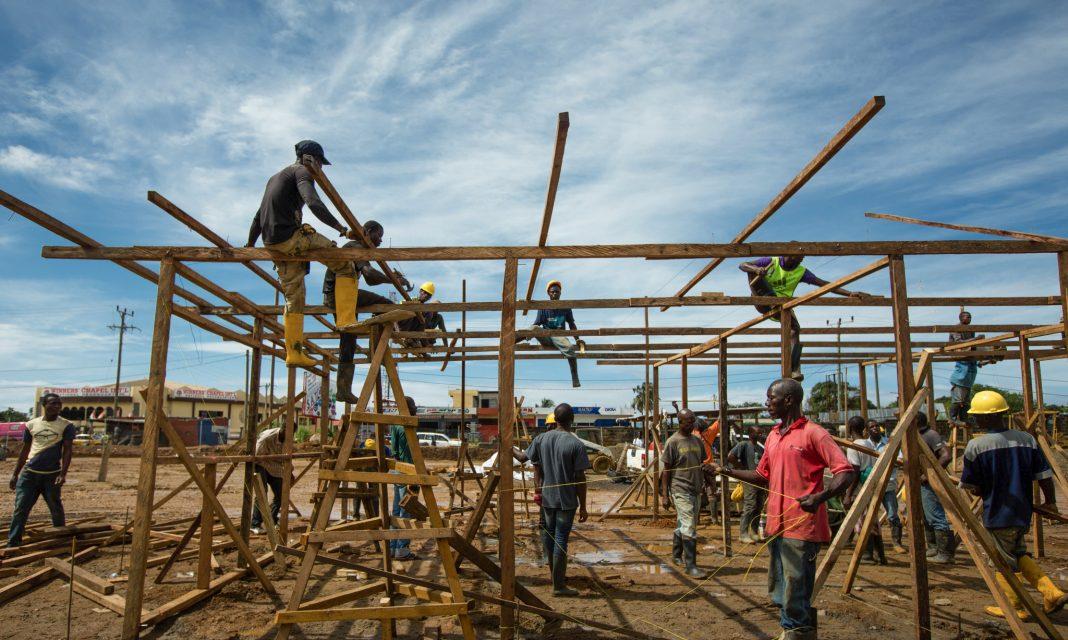 Construction crew working (Morgana Wingard/USAID)