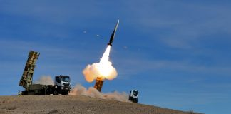 Missile fired into the air (© Iranian Army/AP Images)