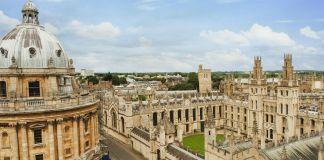 Vista aérea de edificios de la Universidad de Oxford (© Shutterstock)