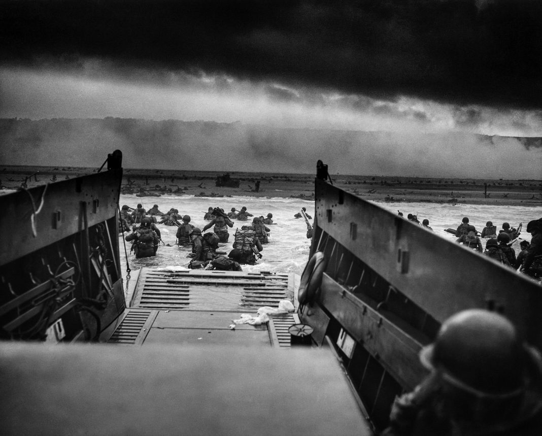 US Troops on D Day (© Photo12/UIG/Getty Images)