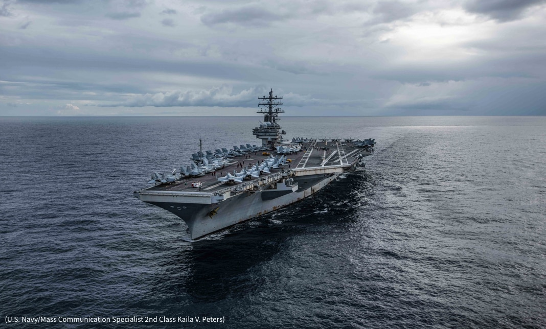Aircraft carrier at sea (U.S. Navy/Mass Communication Specialist 2nd Class Kaila V. Peters)