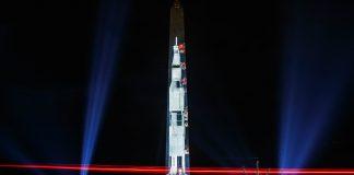 Une image d'Apollo 11 projetée sur le Washington Monument (© Carolyn Kaster/AP Images)