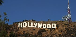 """Large """"Hollywood"""" sign on hillside (© Axelle/Bauer-Griffin/GC Images/Getty Images)"""