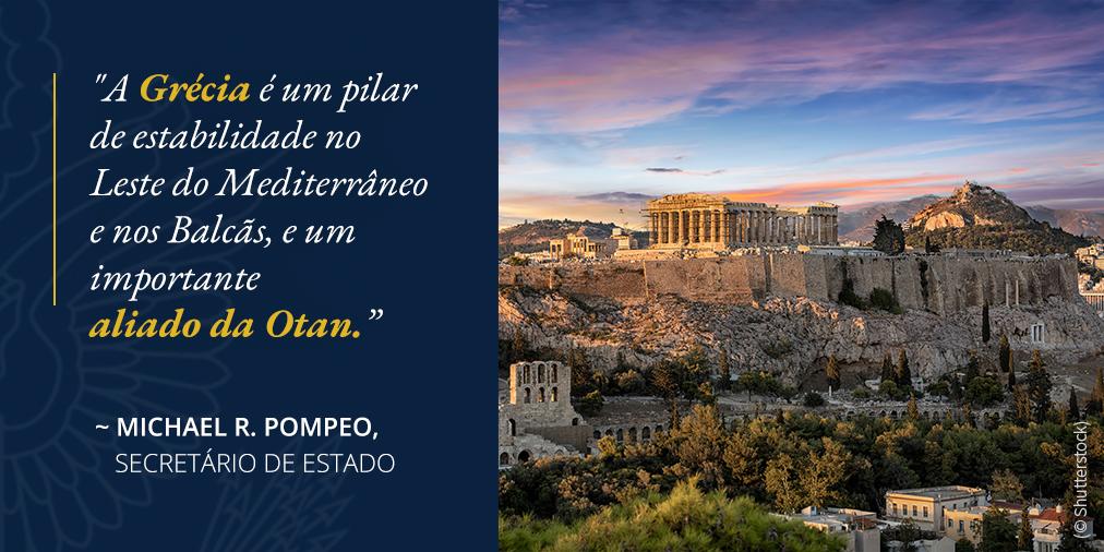 Foto de edifícios antigos em penhasco. Citação de Pompeo sobre o papel desempenhado pela Grécia na região e o papel do país como aliado da Otan (© Shutterstock)