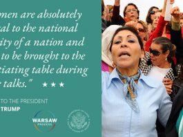 Ivanka Trump pada termasuk wanita dalam pembicaraan damai, foto wanita dengan lengan terangkat (© Hassene Dridi / AP Images)