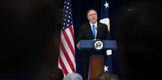Secretary Pompeo speaking (© Matt Rourke/AP Images)