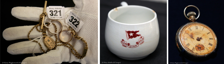 Triptych: Sarung tangan yang menampilkan perhiasan berlabel, cangkir teh merah-putih, arloji saku bernoda air (© AP Images)