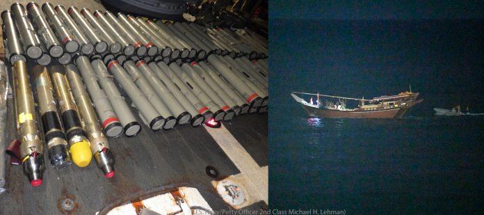 چپ، موشک روی عرشه کشتی؛ راست، قایق بادی یک قایق چوبی را در دریا دنبال می کند (U.S. Navy/Petty Officer 2nd Class Michael H. Lehman)