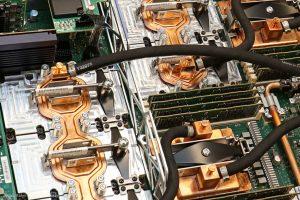 Une plaquette de circuits imprimés (Oak Ridge National Laboratory/Jason Richards)