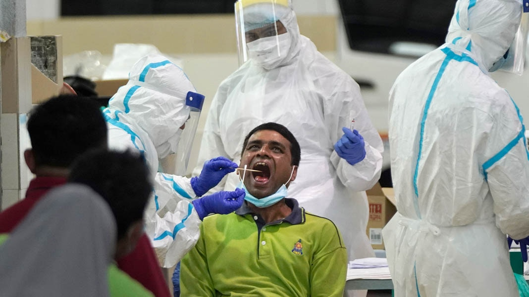 COVID-19 冠状病毒干扰了世界各地人们的生活,但全世界正齐心协力,共同抗击疫情。各科技公司正在生产新发明的试剂。