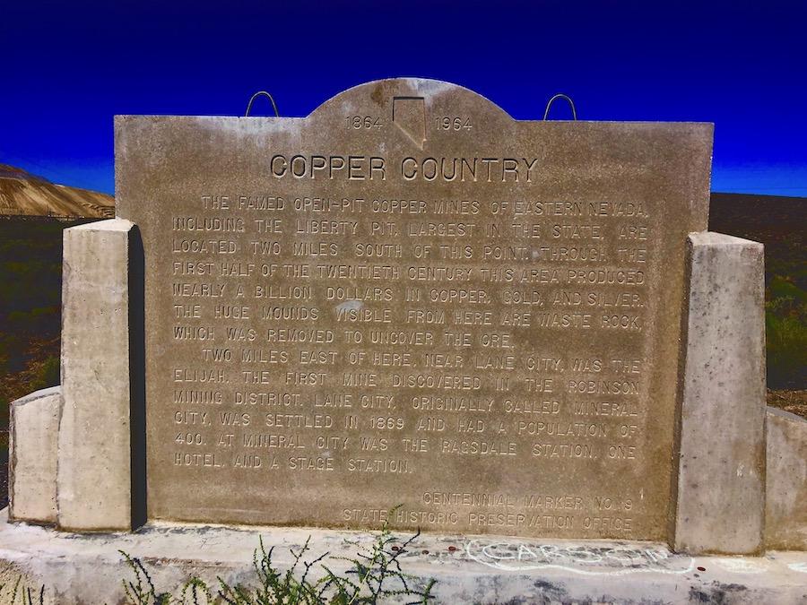 位于50号国道伊利西边两英里地方的内华达州第9号历史地标,讲述了该地的矿业历史。(Jianan)