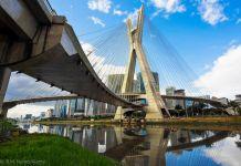 The Octavio Frias de Oliveira Bridge, or Ponte Estaiada, in Sao Paulo, Brazil (©