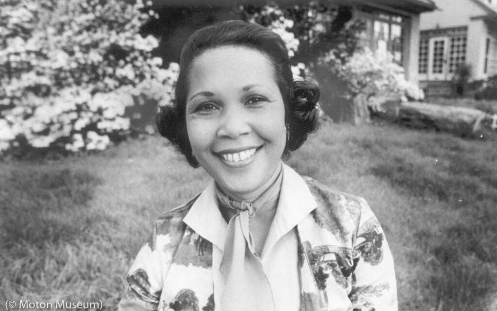 Barbara Rose Johns Powell standing outside (© Moton Museum)