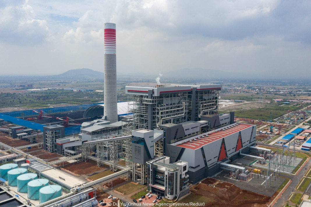 Aerial view of coal plant (© Du Yu/Xinhua News Agency/eyevine/Redux)
