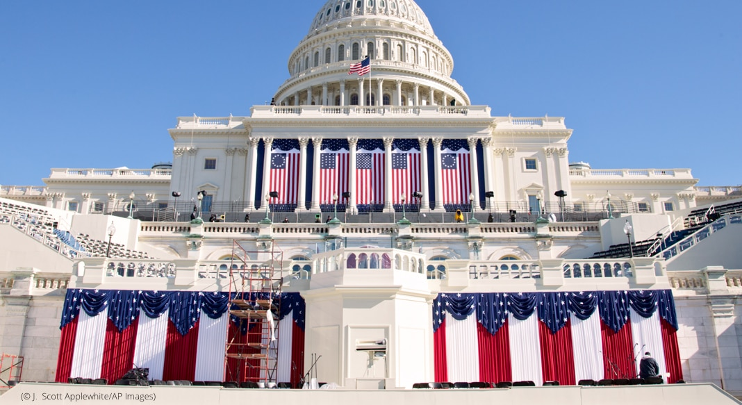 U.S. Capitol decorated with bunting (© J. Scott Applewhite/AP Images)