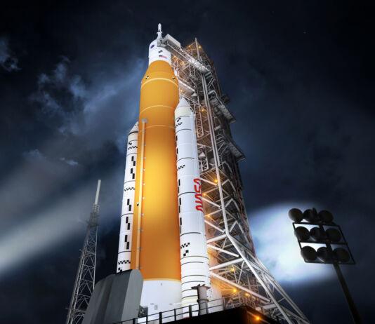 Ilustração de foguete em plataforma de lançamento (Nasa)
