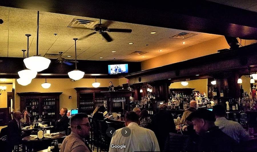 费城的麦琪亚诺之小意大利餐厅内景(谷歌地图图片)