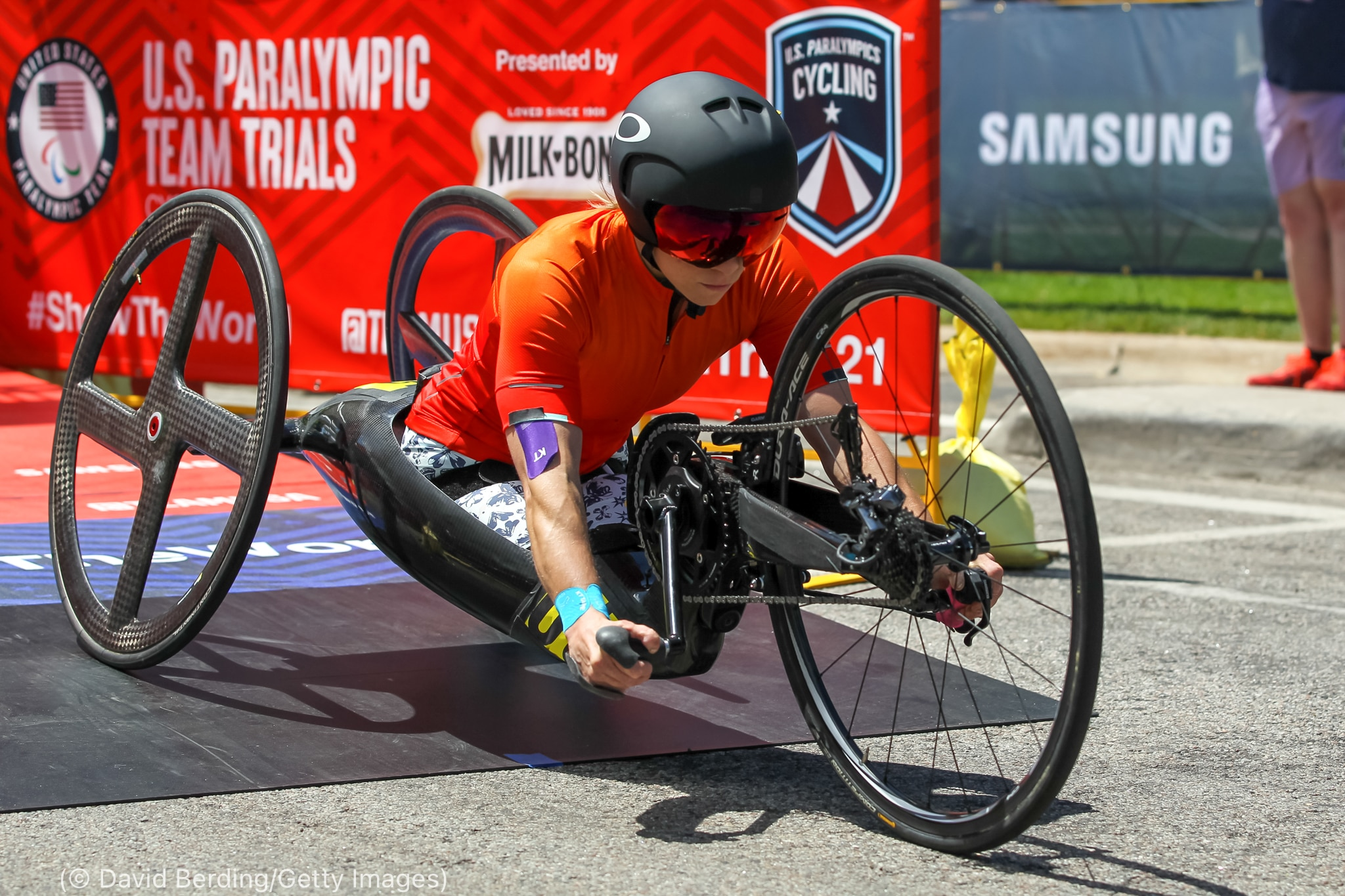 Woman competing in cycling event (© David Berding/Getty Images)