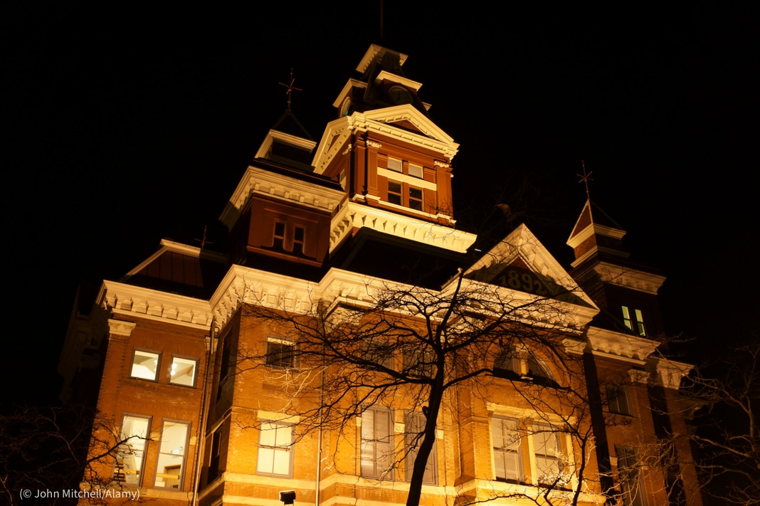 Night shot of the Old City Hall building, part of the Whatcom County Museum building (© John Mitchell/Alamy)